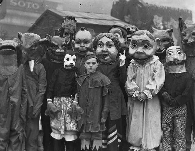 Billy with his tiny, humanoid head was the shame of the family.